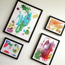 Dynamic Frames for Kid Art