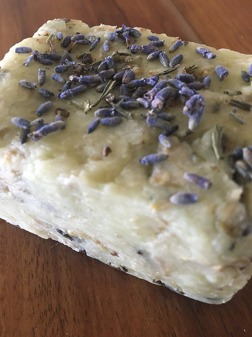 Lavender and Oatmeal Exfoliating Bar. 120g
