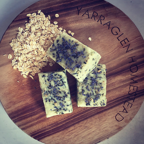 Lavender and Oatmeal Exfoliating Bar. 120g x 3