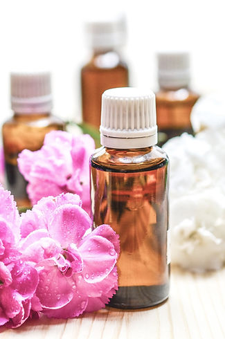 Massage Massageöl Glasflasche Blumen Entspannung