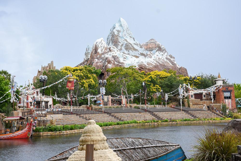 Montanha Russa do Everest - Animal Kingdom GO USA
