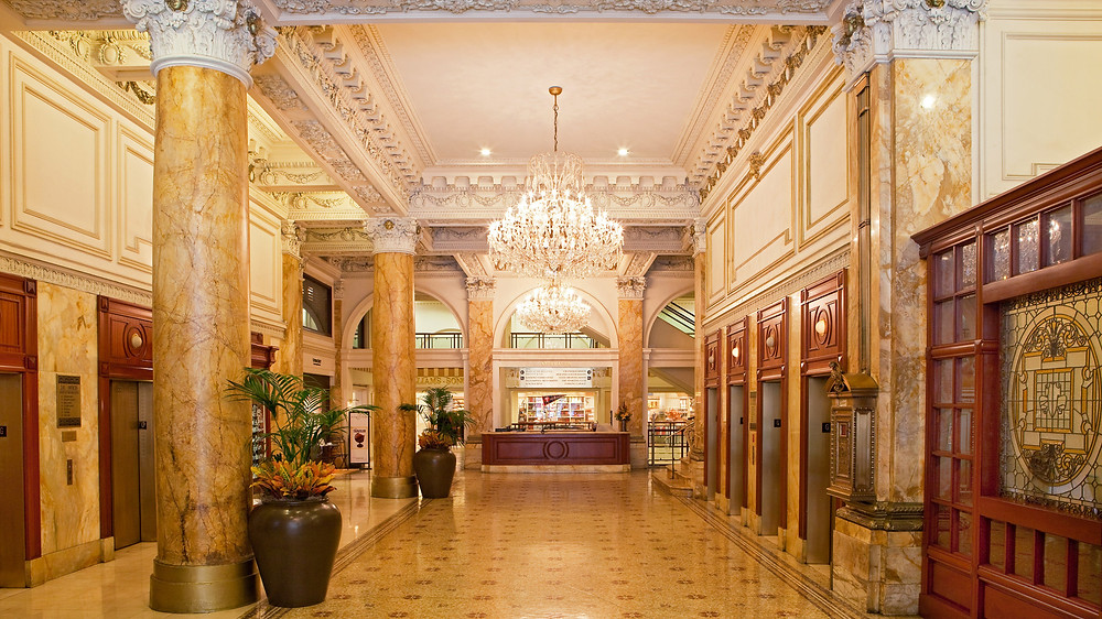 photo courtesy of https://www.visitphilly.com/places-to-stay/hotels/the-bellevue-hotel/