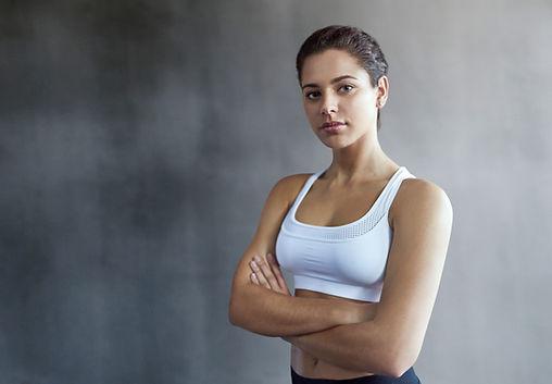 Zelfverzekerde fit vrouw
