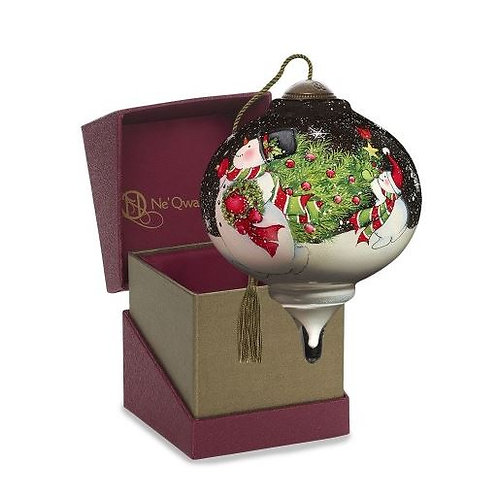 'Tis the Season petite Ne'Qwa ornament