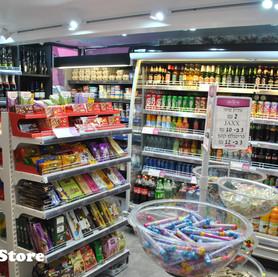 LiLoLa convenience store