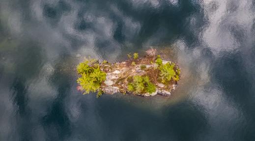 Rock Dunder Island
