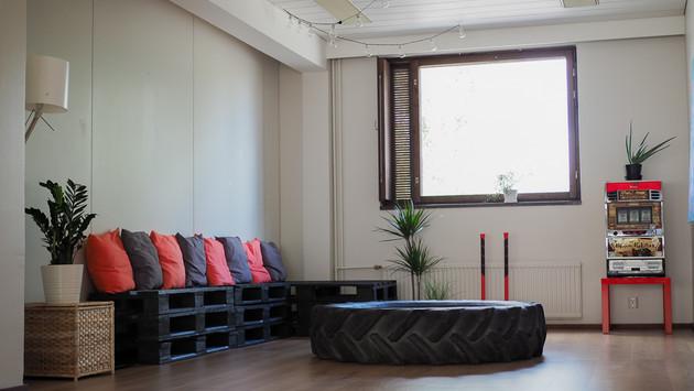 TreeniStudio lounge 1