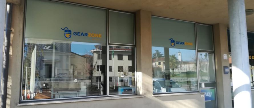 Decorazione vetrina negozio
