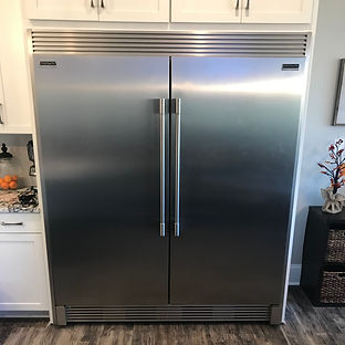 Professional%20Refrigerators%20with%20Tr