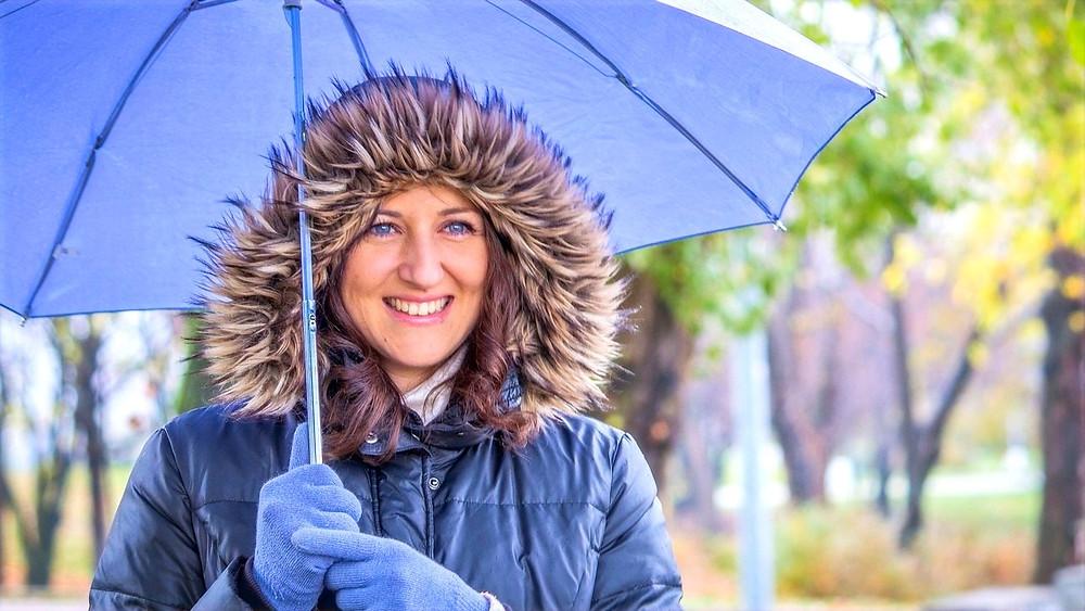 Illustration: Woman in Spring Rain by Besno Pile [CC0, Public Domain] via Pixabay
