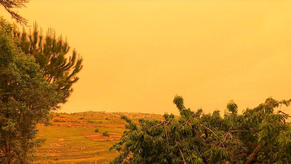 Illustration: Dust Filled Sky Over Gush Etzion (Image Credit: Dr. Barry Lynn © 2020)