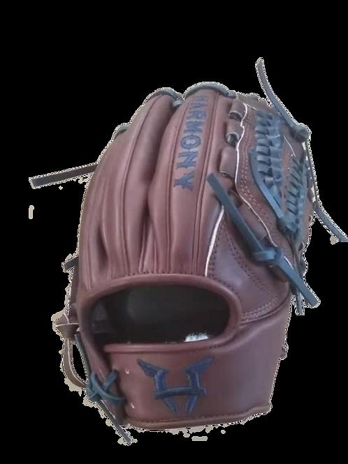 Harmony Lionheart - Pitcher Glove