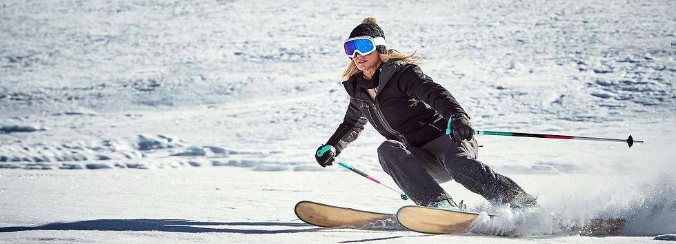 Womens plus size ski wear. Womens ski jackets and ski trousers in size 18, size 20, size 22, size 24, size 26, size 28, size 30