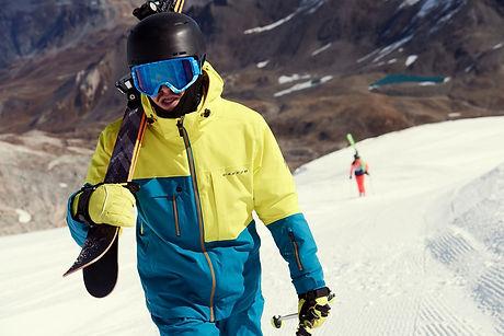 plus size ski clothing model