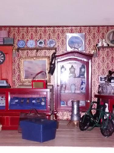 Honest Al's interior
