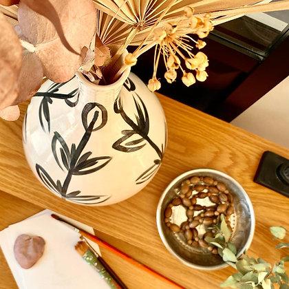 Vase feuilles