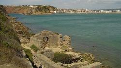 The natural bay of S. Martinho do Porto