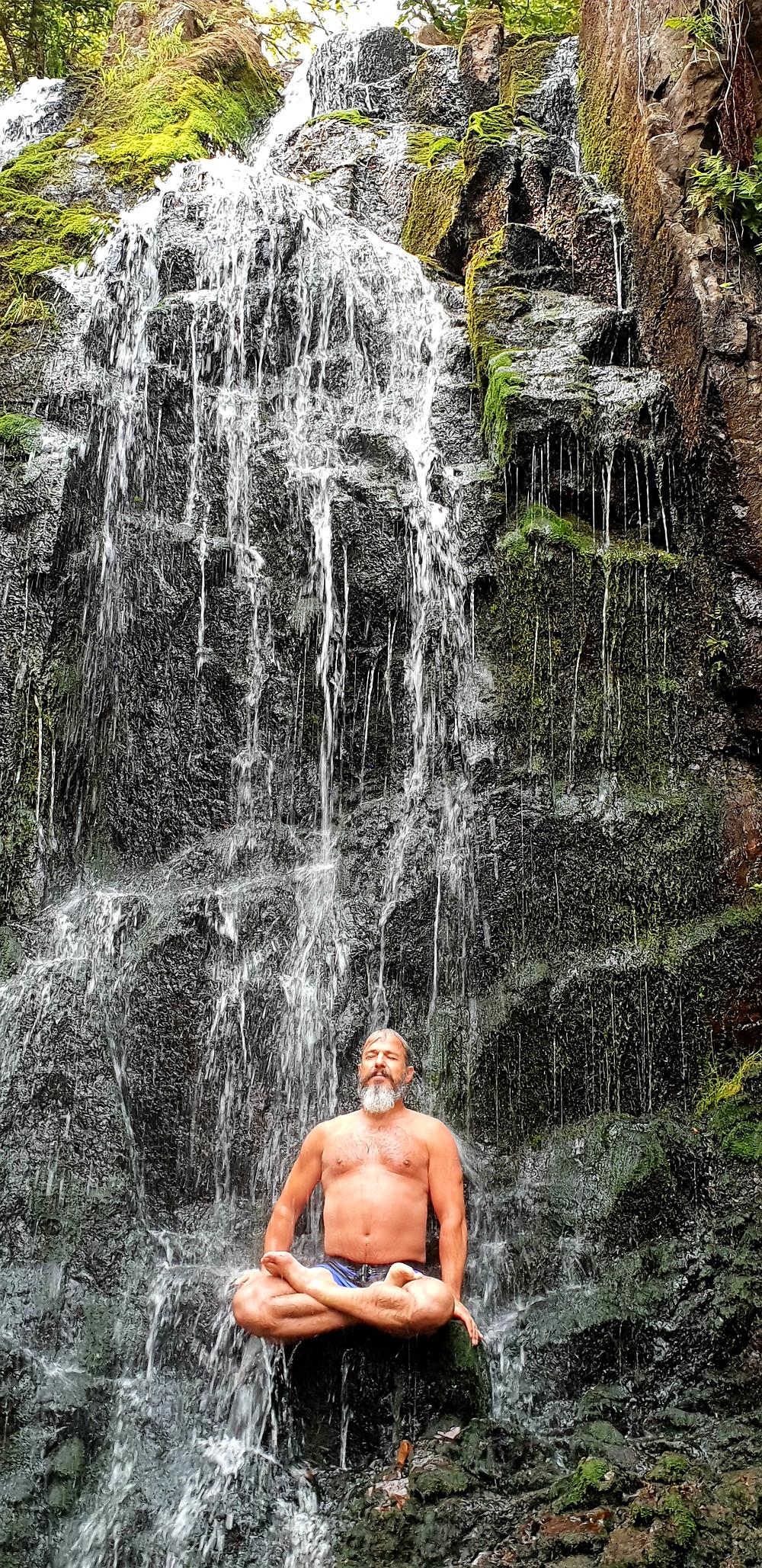 Grande cascade de Tendon cet été.