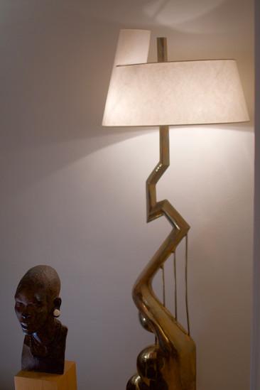 Lampadaire du sculpteur Jean Jacques Dar