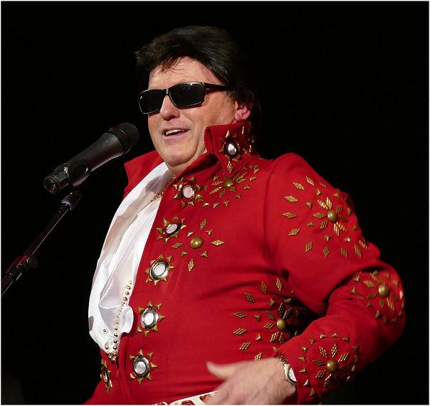 Abergavenny Elvis-008.jpg