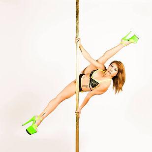 yungie love pole