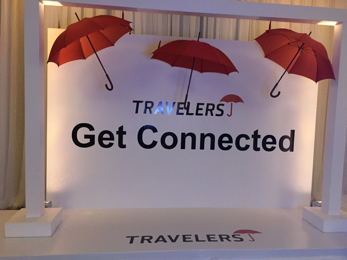 Travelers Insurance Photo Booth