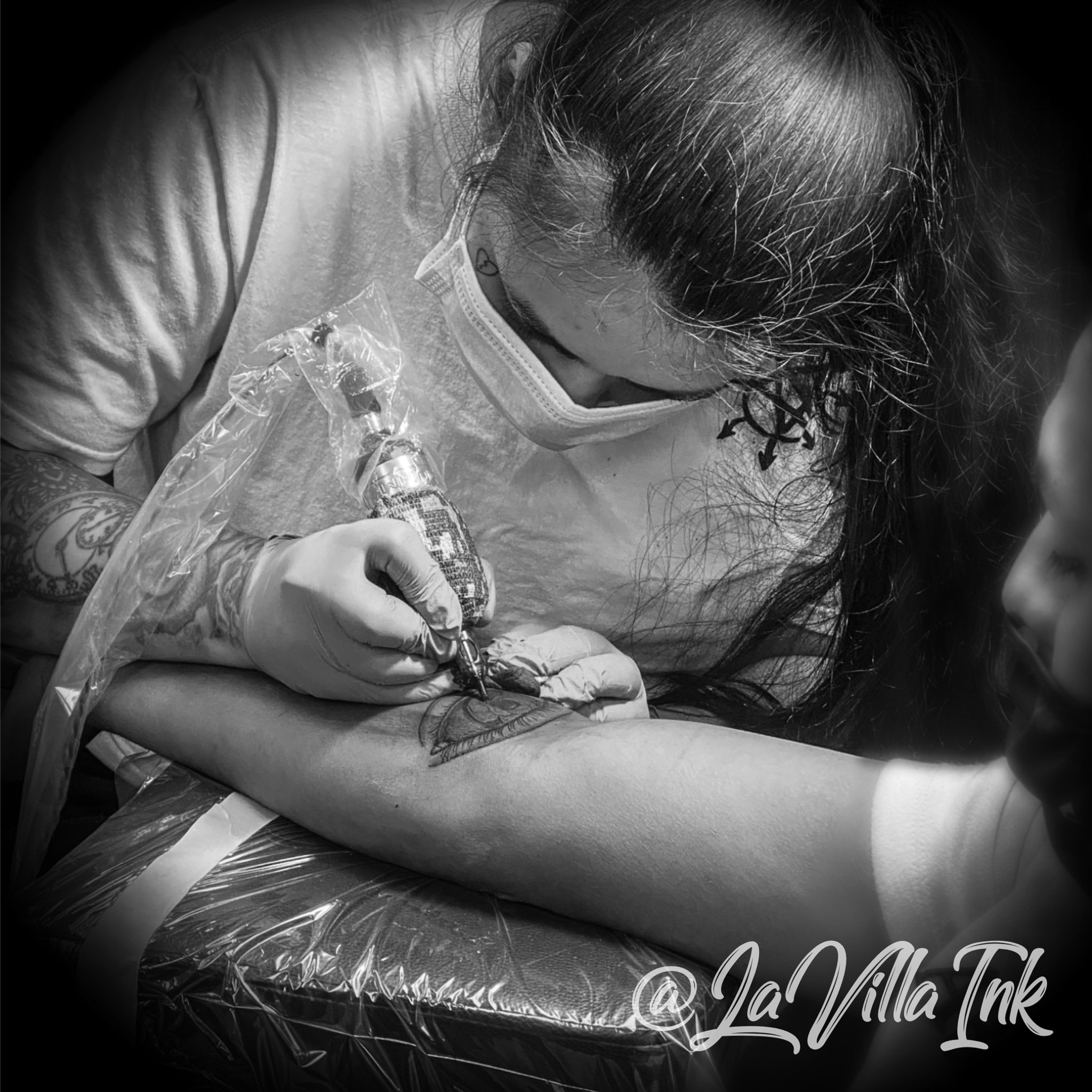 TATTOOING BY CLEO