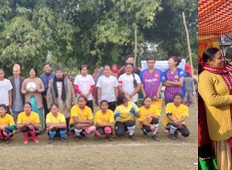 थारु महिलाहरूले खेले फुटबल