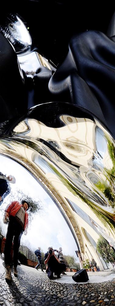 PLAY THE GLASS, adirato