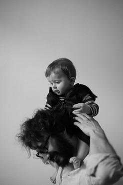 Folco sulle spalle del padre