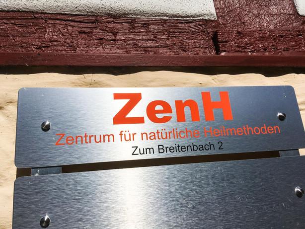 Schild_web.jpg