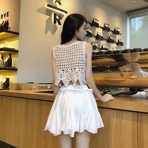 镂空钩花背心上衣+木耳边蛋糕半身裙 Hollow Knit Top with Layers Asymmetrical Skirt