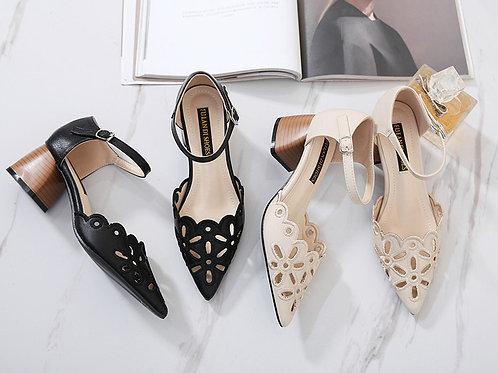 粗跟中空尖头高跟鞋 Hollow Design Pointed Toe Heels