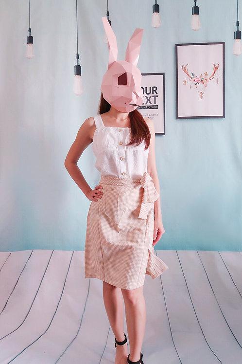 文艺皱褶棉麻吊带上衣+不规则系带格子半身裙套装
