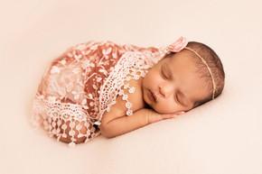 Newborn Photography Bolton Horwich-24.jp