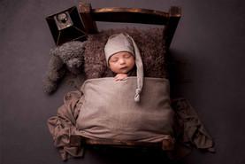 newborn photographer horwich