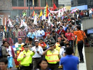 Indígenas entregan observaciones a la Ley de Tierras en la Asamblea