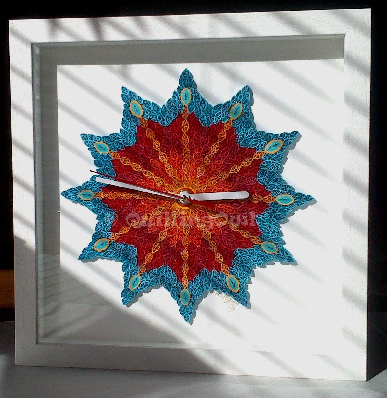 It's quill o'clock , paper quilling