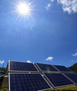 用電量又飆新紀錄 太陽能建功撐尖峰