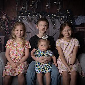 Sutt Family Easter 2021