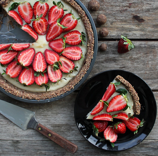 Delicious, Raw Desserts: Baking Hacks, Keeping It Simple and Mixing Savory with Sweet