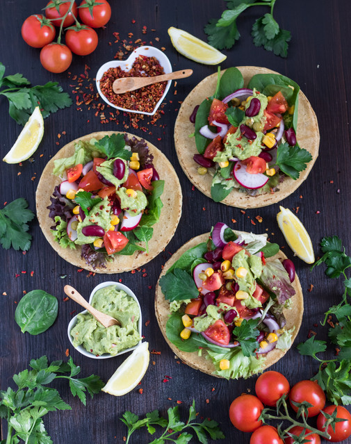 Fast, Fresh Homemade Mexican Food: Corn Tortillas & Guac
