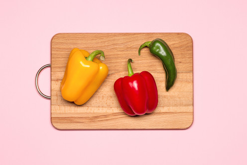 5 Natural Ways to Clean & Disinfect Your Wooden Cutting Board