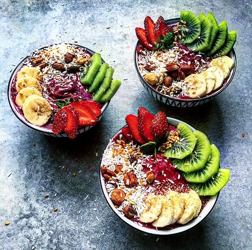 Healthy Meals in Under 20 Minutes: Acai Bowls & Fig Rawnola