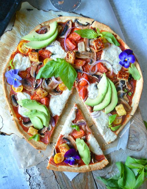 Simple Vegan Pizza