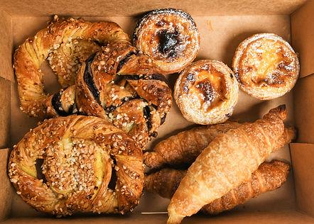 pastry platter box.jpg