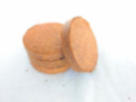 four coconut coir disks