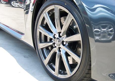 Lexus Wheel Refinishing