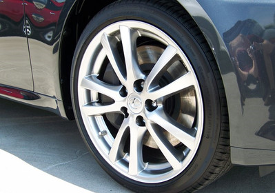 Lexus Wheel Refinish