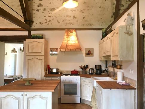 Petit Clos cuisine gite kitchen
